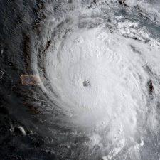 Los huracanes traen un mensaje para Trump