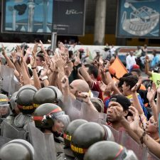 More than 40 countries may cut diplomatic ties with Venezuela. Fine, but would it do any good?