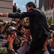 ¿Llegó la hora de lanzamientos clandestinos de ayuda humanitaria a Venezuela?