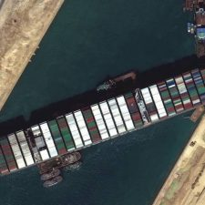 La crisis del Canal de Suez es una oportunidad para América Latina